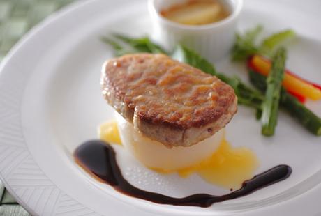 フォアグラのステーキ